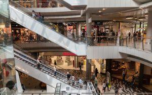 """Petina zaposlenih u tržnim centrima radi """"na crno"""""""