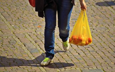 Upotreba plastičnih kesa naplatom smanjena za 60 odsto