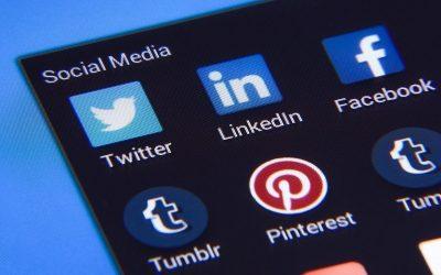 """Da li direktor ima vremena da se """"mlati"""" po društvenim mrežama?"""